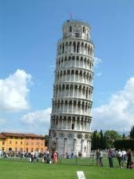 lutande tornet Pisa högmod ledarskap prestigelöshet självinsikt